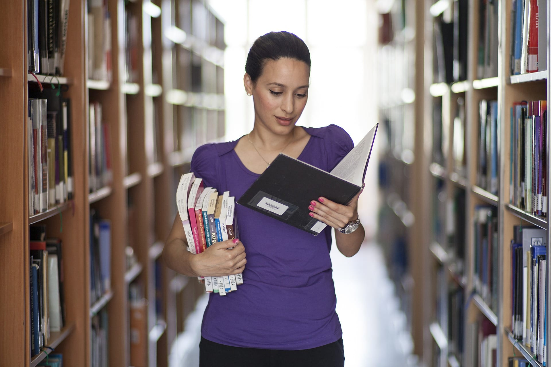 Домашнее чтение: помогаем студенту выбрать книгу
