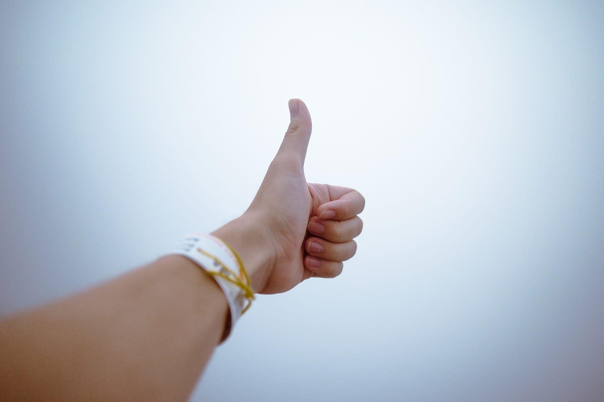 Как использовать жесты с начинающими студентами. Видео