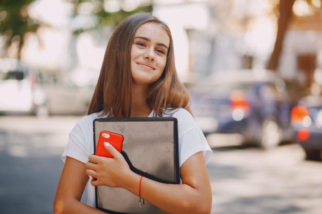 Разговорные уроки для подростков – как увлечь тинейджеров?