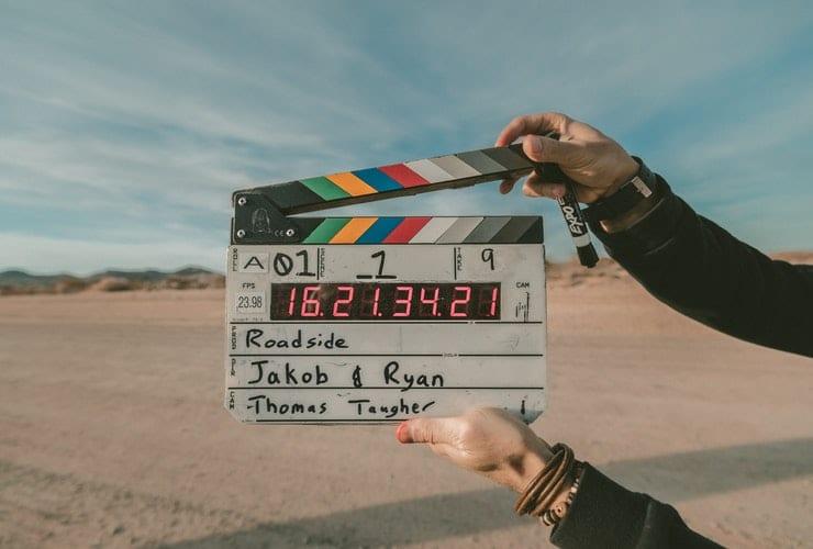 О трудностях перевода: почему названия фильмов переводят именно так?