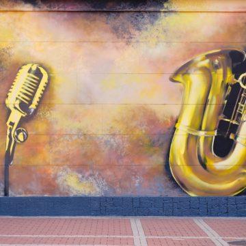 Jazz it up: teaching English with jazz chants