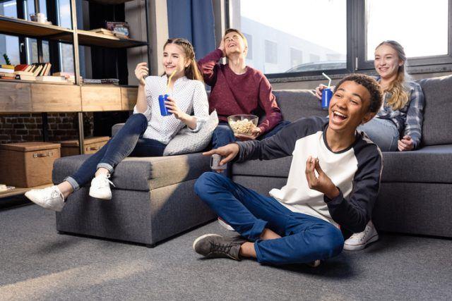 Сериалы для подростков и как их применить