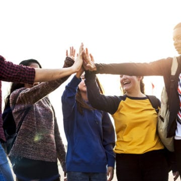 5 способов улучшить взаимоотношения подростков на уроке английского языка