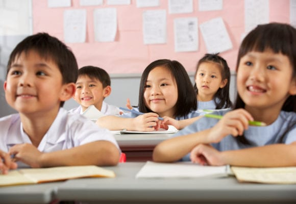 How to overcome difficulties of not knowing L1 with Chinese students?