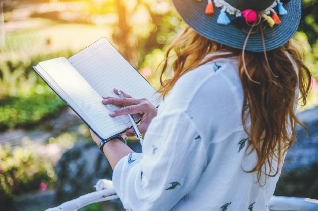 How to teach teens to write poems in English and love it