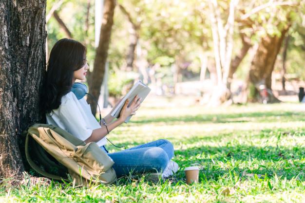 10 признаков студента, в котором уживаются интроверт с экстравертом