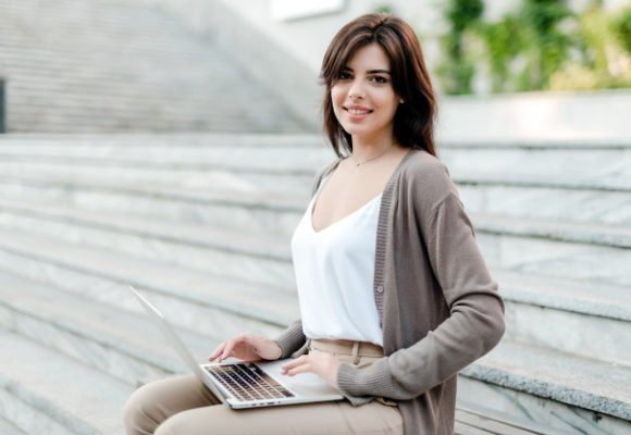 Is it possible to work for a Russian online school without knowing Russian