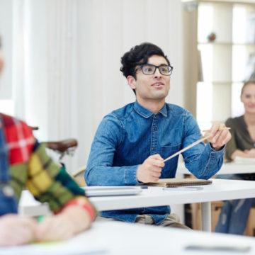 """""""Чтобы слушали"""": 7 способов добиться от студентов внимания и вовлеченности"""