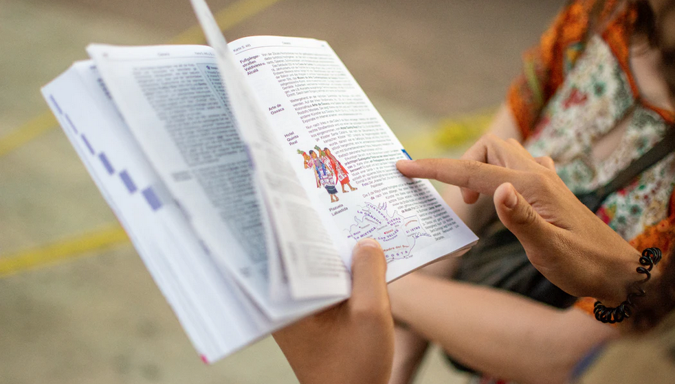 How to Make Textbooks More Communicative