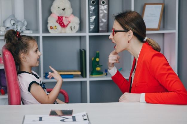 «Не хочу, не буду» – что делать, если ребенок специально переходит на русский язык на уроке