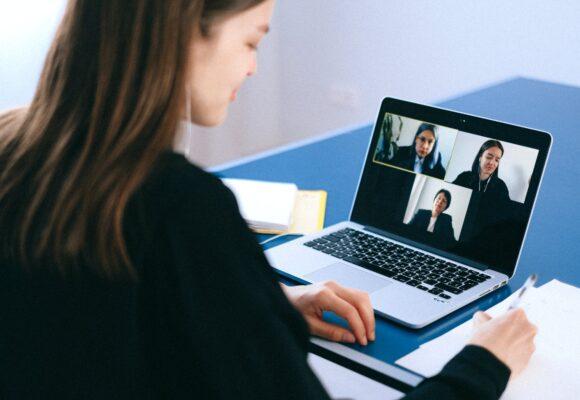 Дисциплина на онлайн-уроках