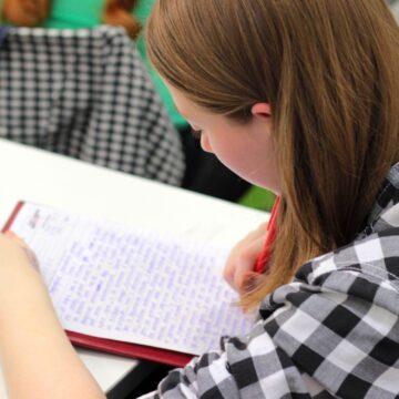 Как вдохновлять подростков на выполнение домашнего задания