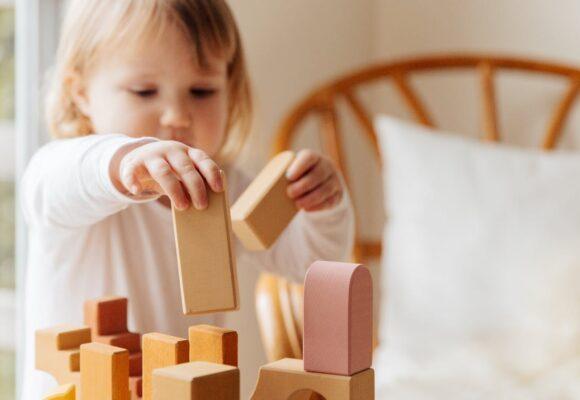 Helping toddlers to speak: Emerging Language
