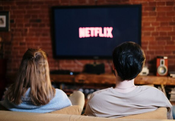 Что посмотреть в марте? Новые сериалы и сезоны давно полюбившихся сериалов