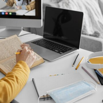 Dictionary activities for online students