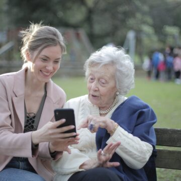 How to Design a Course for Older People?