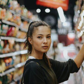 ЕГЭ: слова на тему «Покупки, быт, обязанности в семье»