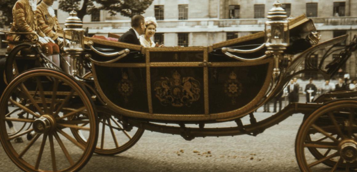 Традиции, связанные с празднованием дня рождения Королевы: идеи для уроков