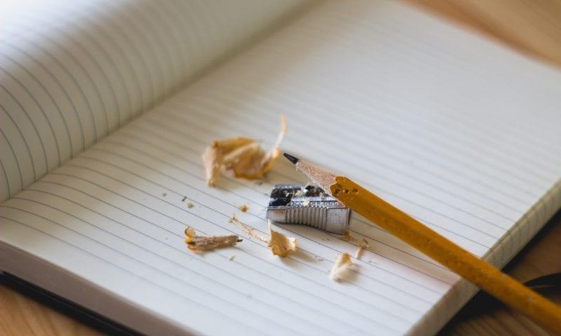 Как помочь студенту найти идеи для письменных работ и улучшить их качество