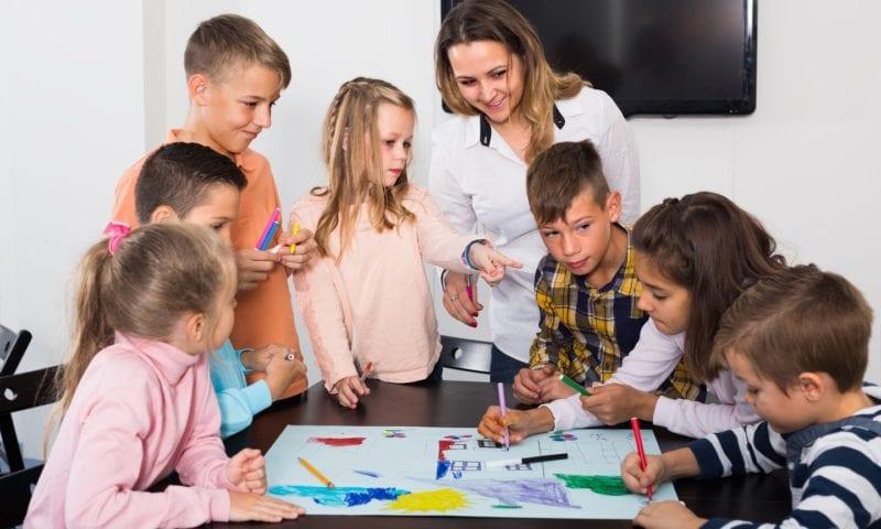 Как провести интересный урок английского языка в начальной школе?