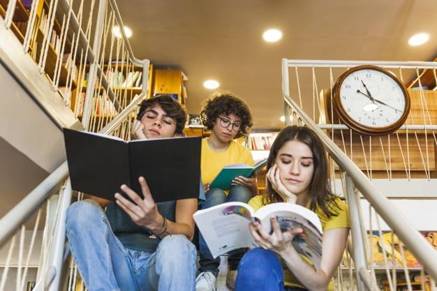 Обзор учебной литературы с CLIL для подростков